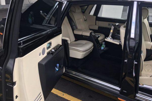 Rolls royce chauffeur hire London - interior
