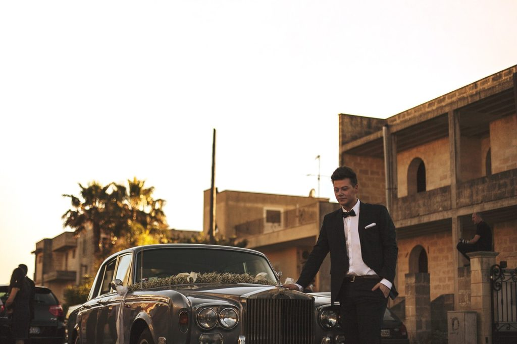 Rolls Royce chauffeur service for weddings